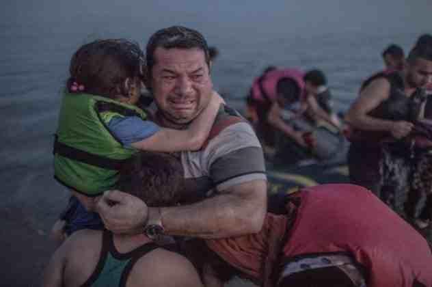 Δείτε την φωτογραφία που αποτυπώνει όλο το δράμα των προσφύγων της Μεσογείου