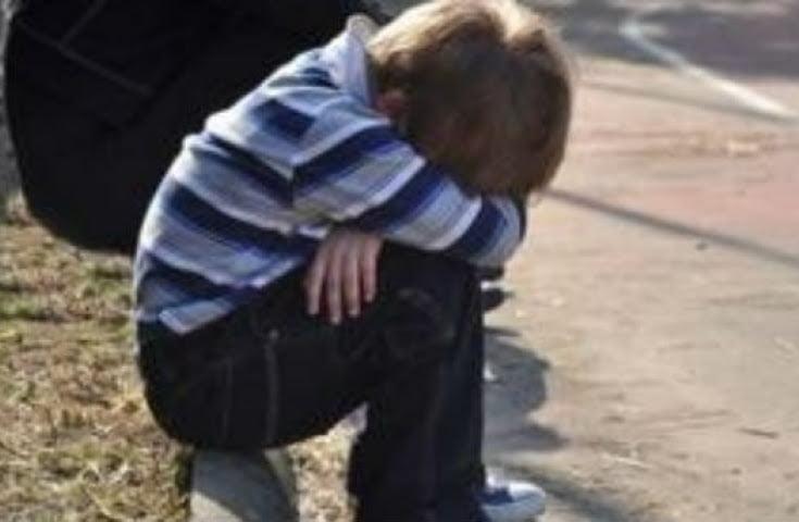 """Η παιδική έκκληση που ραγίζει καρδιές: """"Αφήστε με να πάω σχολείο"""""""