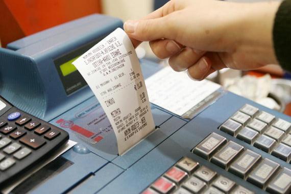 Ποιες αποδείξεις πρέπει να μαξέψετε φέτος - Με κάρτα όλες οι δαπάνες