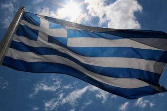 Ποιοι ντρέπονται να σηκώσουν τη σημαία και να τραγουδήσουν τον Εθνικό μας Ύμνο;