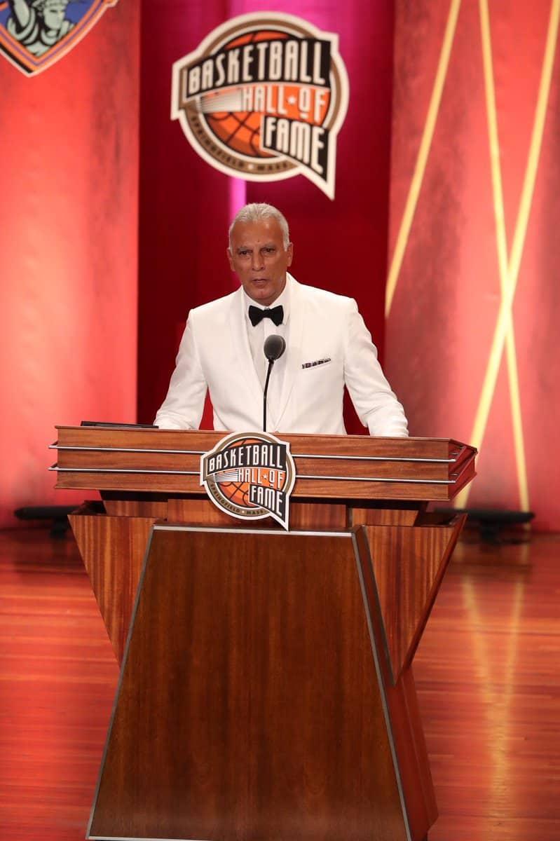 «Θα ήθελα να πω ότι αποτελεί μεγάλη μου τιμή να γίνομαι μέλος του Hall of Fame.