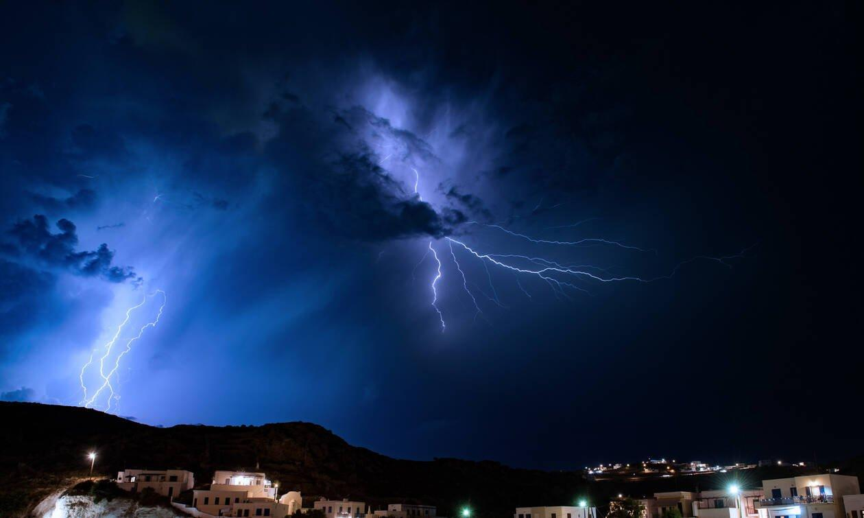 Καιρός: Επικίνδυνα καιρικά φαινόμενα με βροχές και καταιγίδες - Πότε θα χτυπήσουν την Αττική