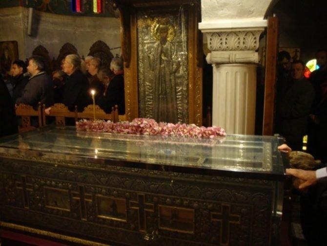 Άγιος Εφραίμ Ο Θαυματουργός – Λείψανα: Χιλιάδες Πιστοί Από Σήμερα Στο Μοναστήρι Της Μάκρης