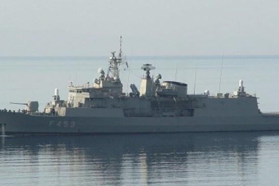 Φρεγάτα F453 «Σπέτσαι»: Το πλοίο του ΠΝ που ο θυρεός του «πατάει» την τουρκική ημισέληνο!