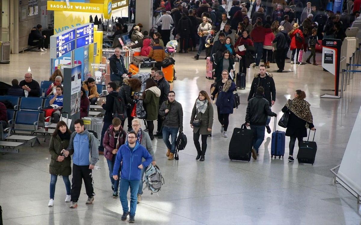 Ο «ψυχρός» Νοέμβριος του τουρισμού: Πτώση στις εισπράξεις, παρά την αύξηση των επισκεπτών