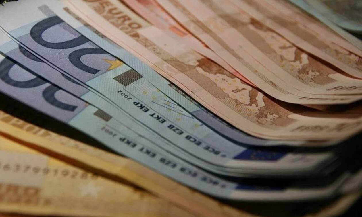 Αναδρομικά: Ποιοι θα πάρουν έως και 7.340 ευρώ