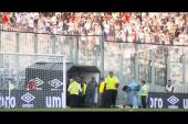 Επικό περιστατικό σε γήπεδο: Πέταξαν κινητό σε παίκτη και εκείνος απάντησε σε κλήση