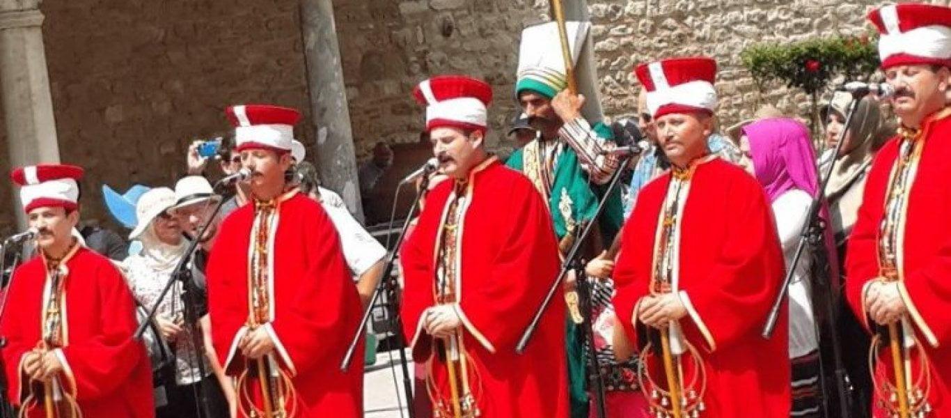 Θεσσαλονίκη: Οθωμανικά εμβατήρια μπροστά από εκκλησία! - «Καταστρέψτε τους Έλληνες» (βίντεο)