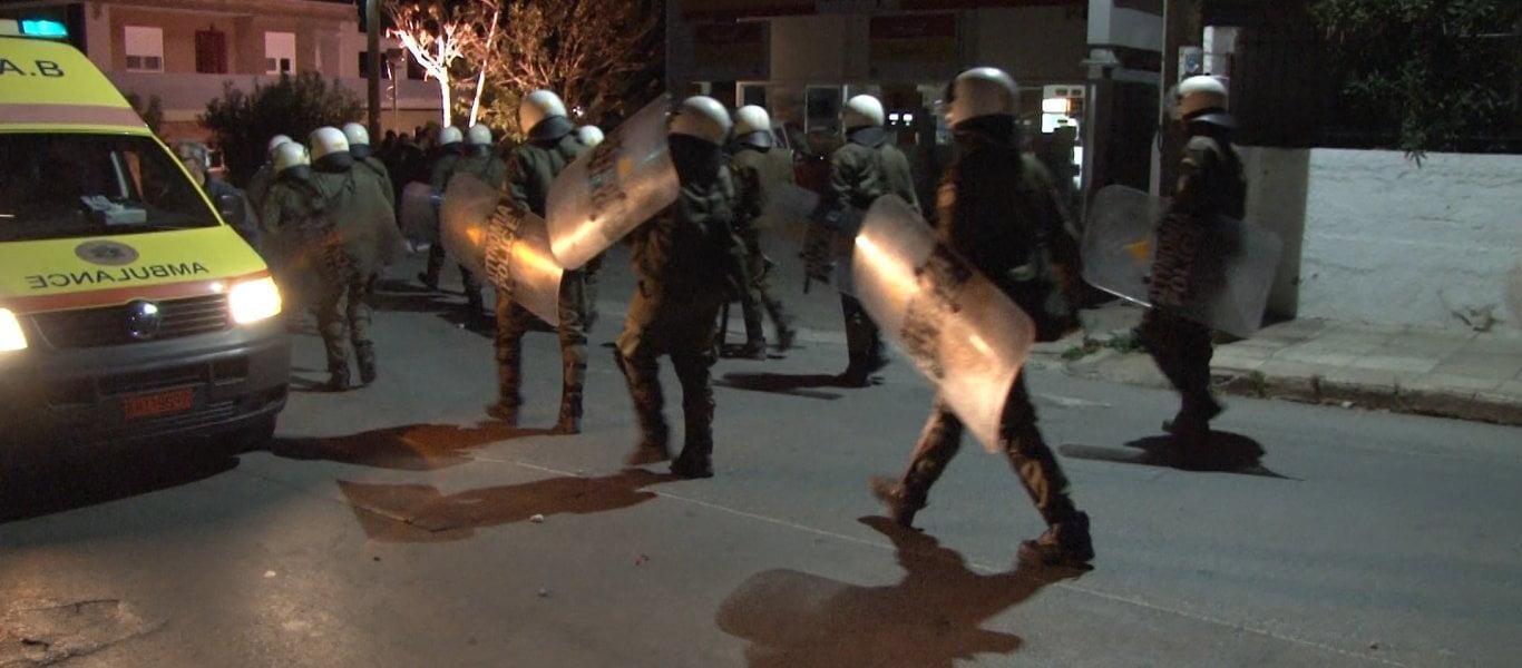 Νύχτα τρόμου και στην Κω: Αλλοδαποί με καδρόνια και πέτρες στο Πυλί (βίντεο)