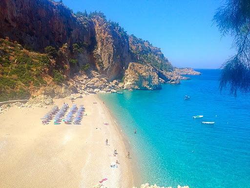 H έκπληξη του φετινού καλοκαιριού - Το ελληνικό covid-free νησί με δείκτη θετικότητας 0