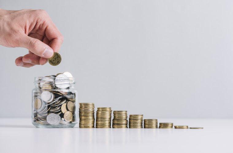 Αναστολή σύμβασης εργασίας: Οι ημερομηνίες πληρωμών για το επίδομα 534 ευρώ, πώς να κάνετε τις αιτήσεις
