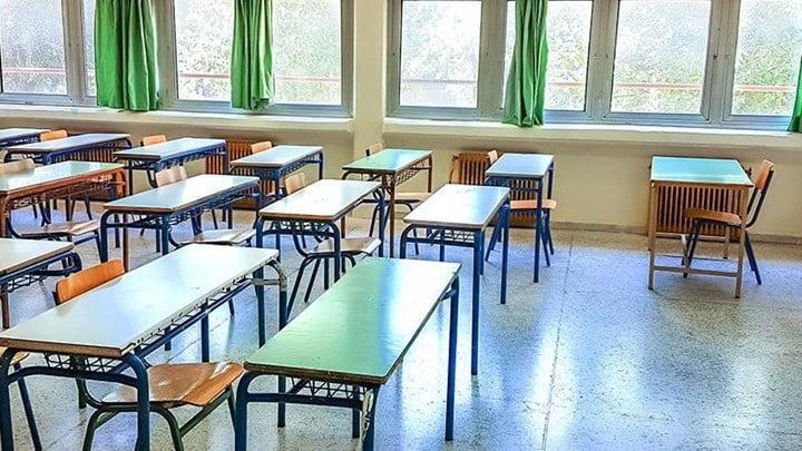 Πότε θα ανοίξουν τα σχολεία και πότε θα αρχίσουν οι Πανελλήνιες - Όλα τα σενάρια