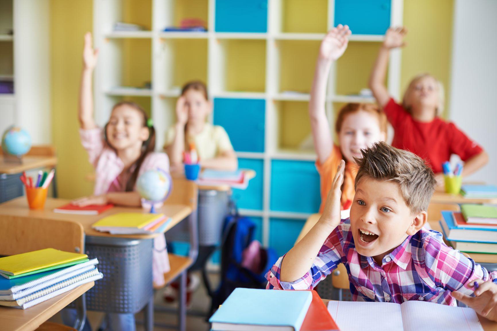 Πότε ανοίγουν τα σχολεία: Οι ημερομηνίες για Λύκειο, Γυμνάσιο, Δημοτικό
