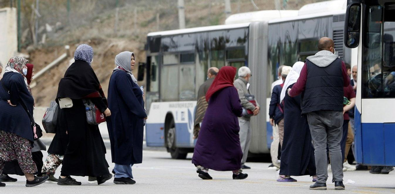 Σφραγίστε το Αιγαίο! 3.100 κρούσματα στην Τουρκία σε μια μόνο μέρα
