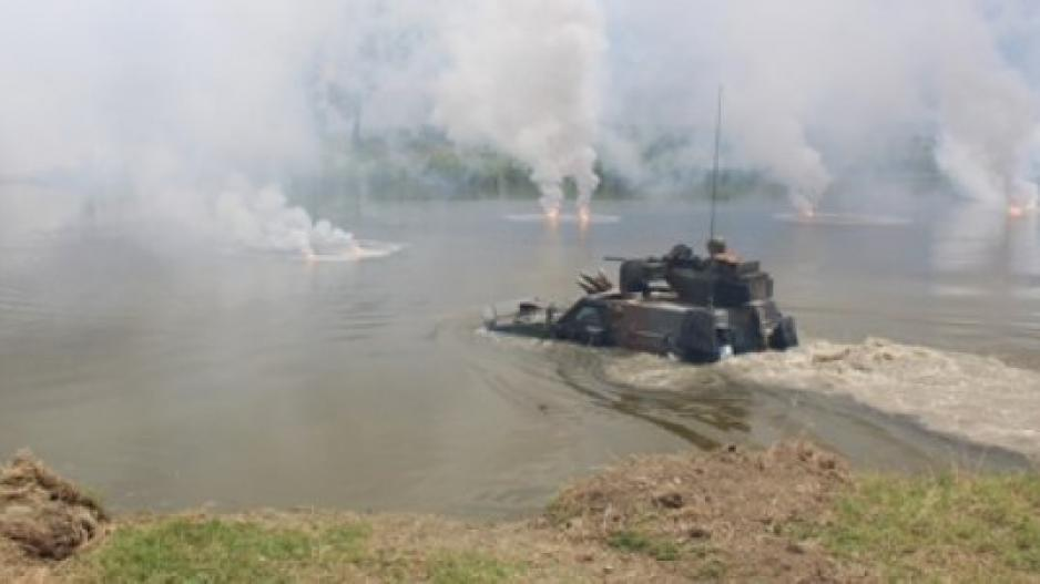 Σε πλήρη ετοιμότητα ο στρατός στον Έβρο - Εντυπωσιακές εικόνες