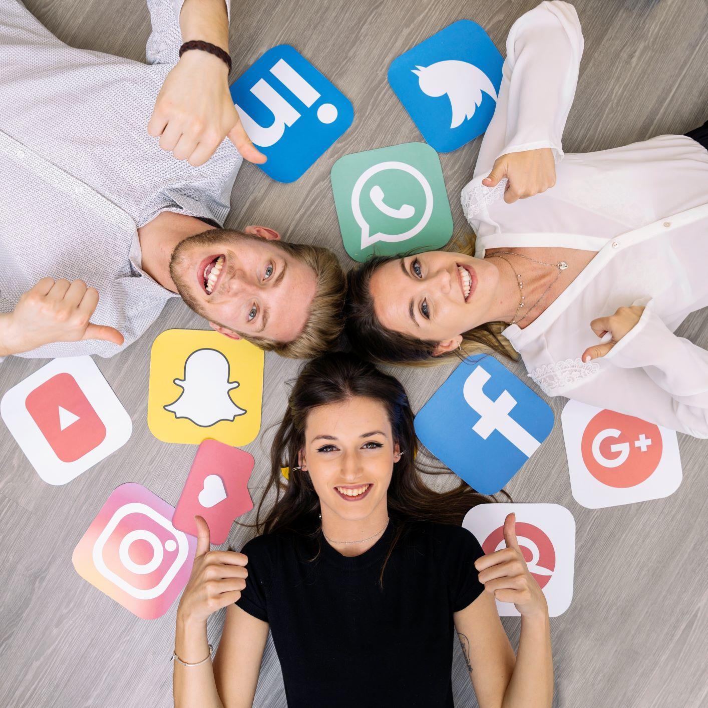 Εκτακτο: «Έπεσαν» οι εφαρμογές του Facebook Messenger και Instagram