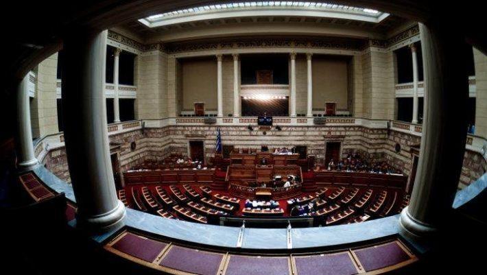Κορωνοϊός: Οι 8 βουλευτές που βρέθηκαν θετικοί στο τεστ αντισωμάτων