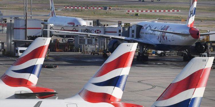 Τουρισμός: Τέλος η καραντίνα για τους εμβολιασμένους Βρετανούς που επιστρέφουν από Ελλάδα
