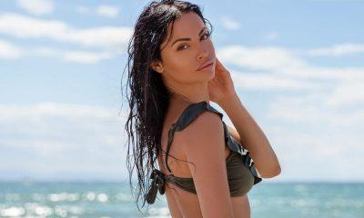 Η Δήμητρα Αλεξανδράκη ποζάρει ολόγυμνη, φορώντας μόνο με ένα… καπέλο και κόβει ανάσες!