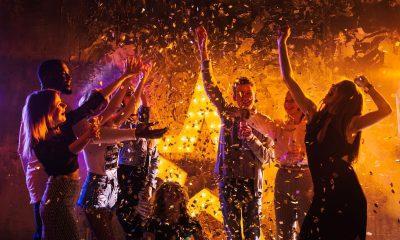 Μύκονος: Ζευγάρι θετικό στον κορονοϊό έσπασε την καραντίνα και πήγε στο πάρτι στη βίλα με τα εκατοντάδες άτομα