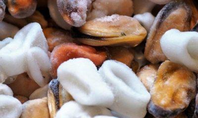 Νέος συναγερμός: Ίχνη κορονοϊού σε συσκευασίες κατεψυγμένων θαλασσινών