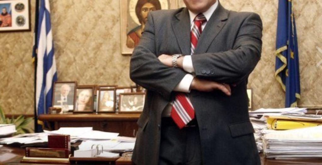 Δεν φαντάζεστε ποιος πασίγνωστος Έλληνας πολιτικός άνοιξε ψιλικατζίδικο