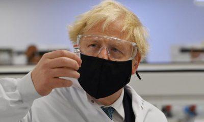 Κοροναϊός : Η Βρετανία ενέκρινε το εμβόλιο της Pfizer – Ξεκινούν από βδομάδα οι εμβολιασμοί