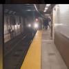 Βίντεο-σοκ: Γυμνός άνδρας σε αμόκ ρίχνει επιβάτη στις ράγες του μετρό -Πέθανε από ηλεκτροπληξία