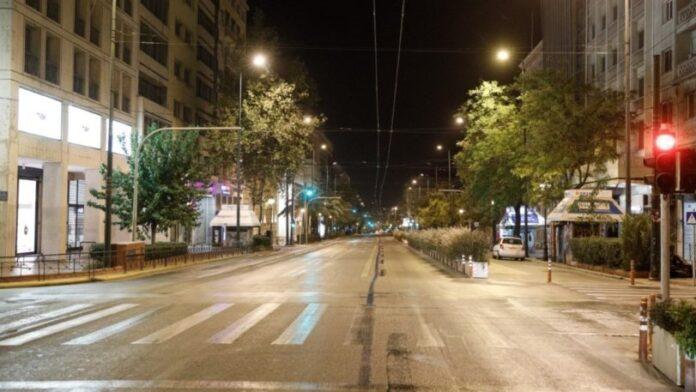 Μαγιορκίνης: «Κλείσιμο καταστημάτων, απαγόρευση κυκλοφορίας και μουσικής, τα πιθανά μέτρα»