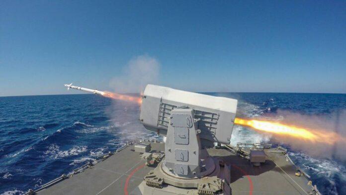 Εντυπωσιακές εικόνες από την εκτόξευση πυραύλων