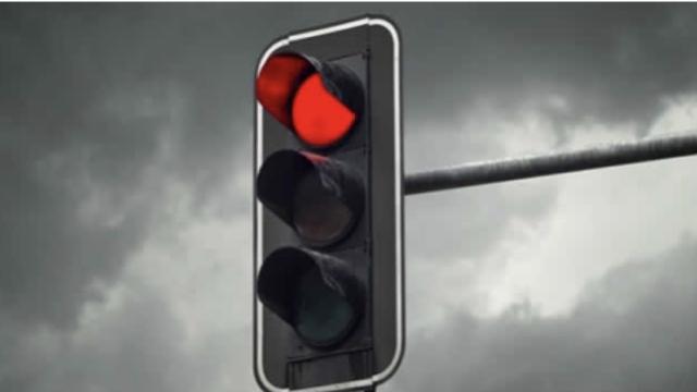 Αττική - 800 αυτοκίνητα την ημέρα περνούν με κόκκινο ένα συγκεκριμένο φανάρι - Δείτε Ποιό